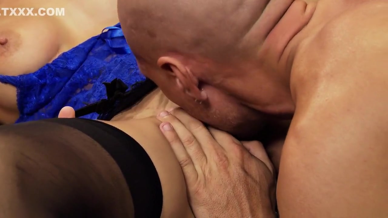 Naked Porn tube Horny mature and boyfriend