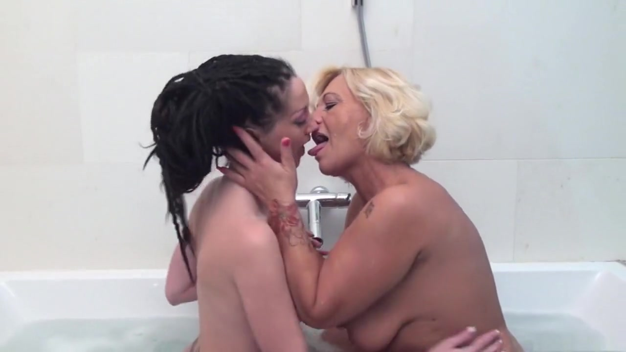 Housewife fuck real videos anal sex