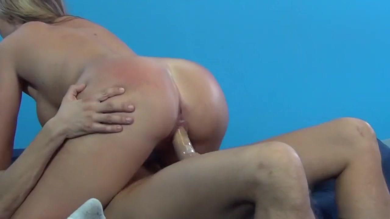 Deux tres belle lesbienne japonaise Naked FuckBook