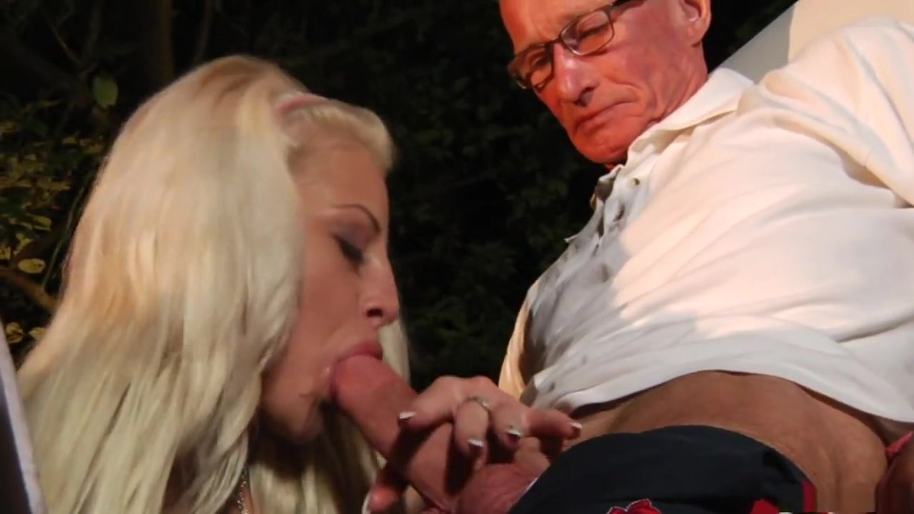 Hot xXx Video Sexy milf big tits