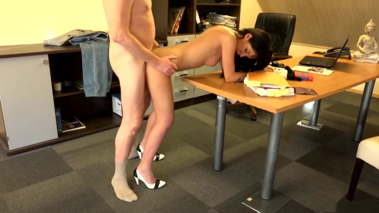 Naked Pictures Czech out my ass nikita denise