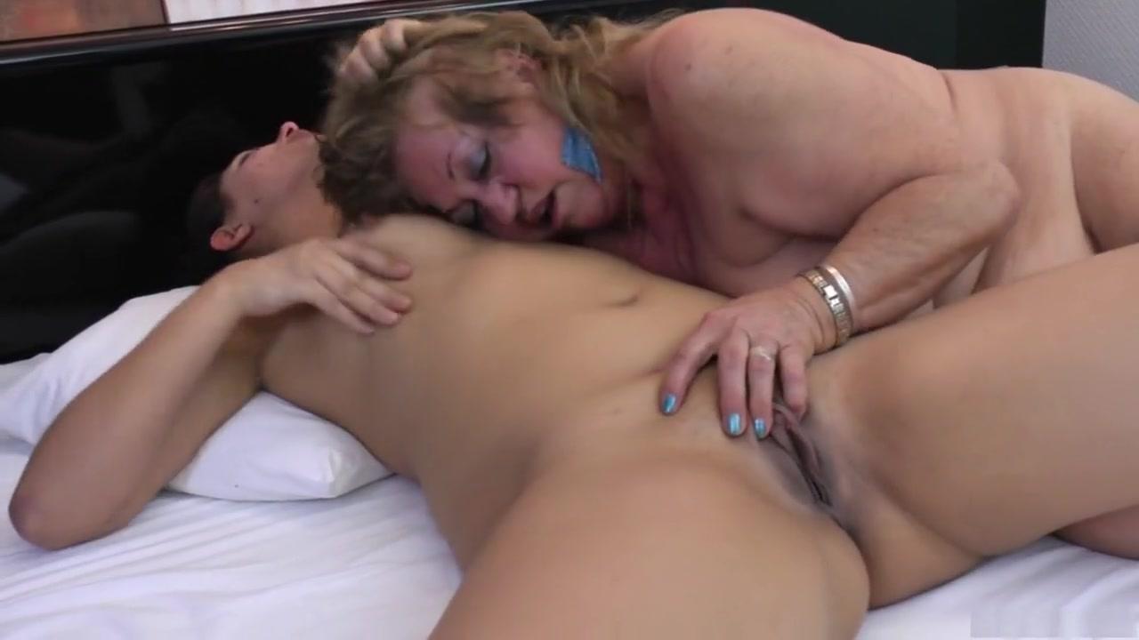 Fuckk Nurse masturbate lesbien