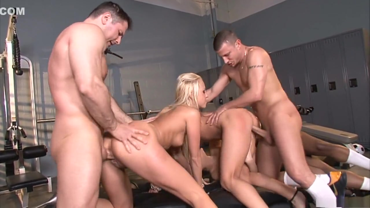 Porn tube Gloryhole girls facials