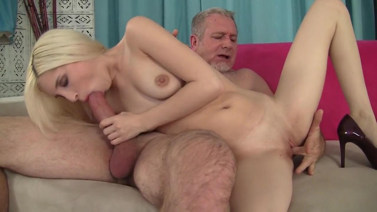 Beautiful mature blonde is a squirter New xXx Pics