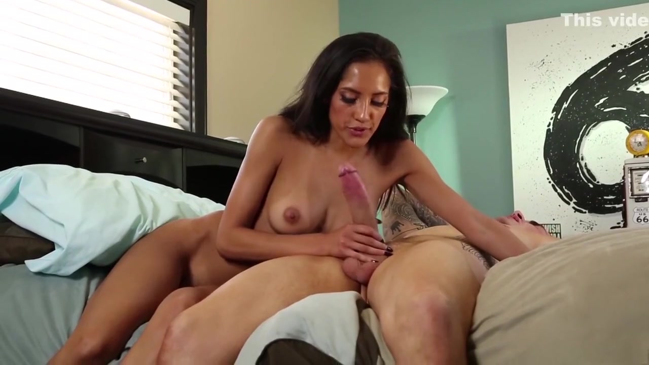 Naked xXx Life stream porn