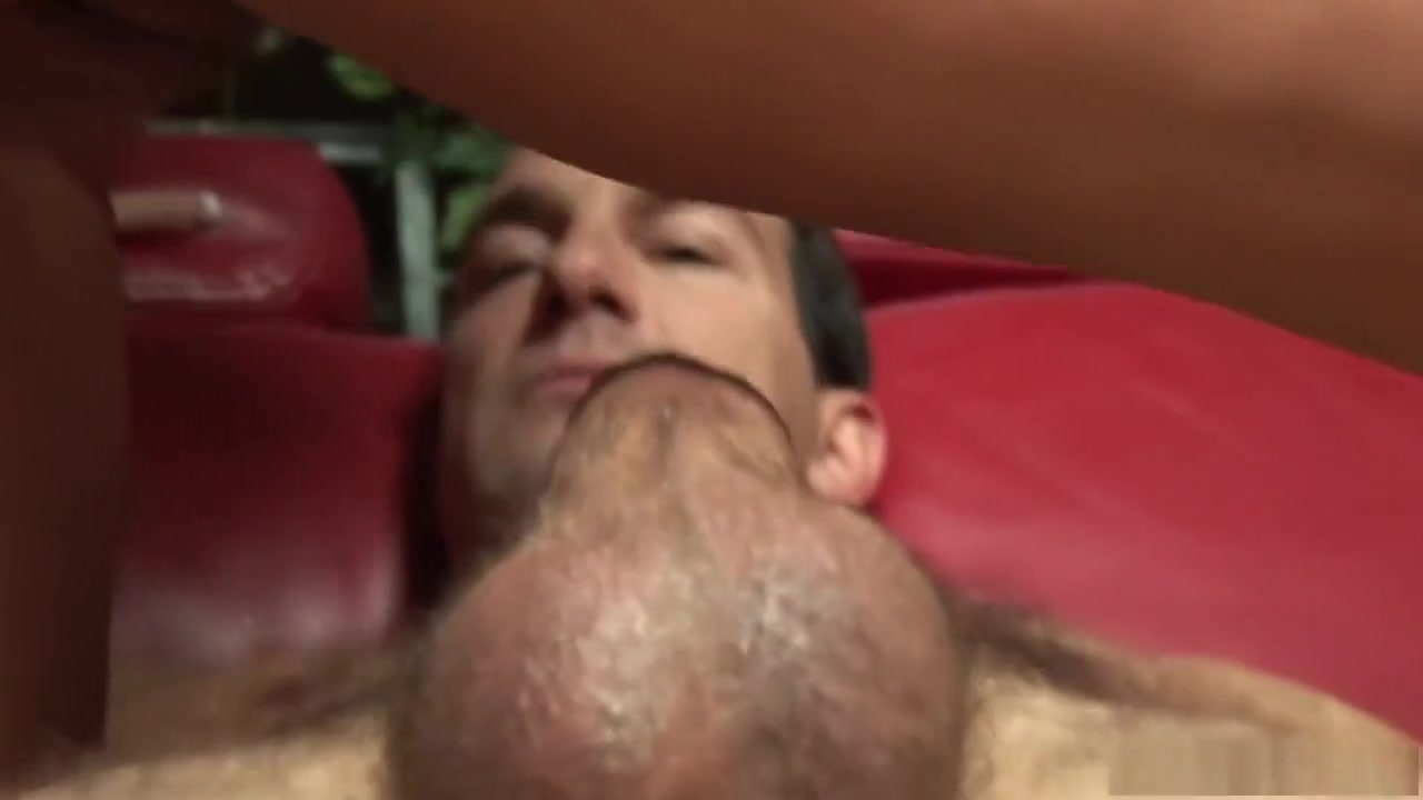 All porn pics Entei vs charizard latino dating