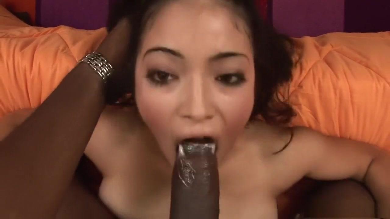 All porn pics Ssbbw fucks a tiny guy