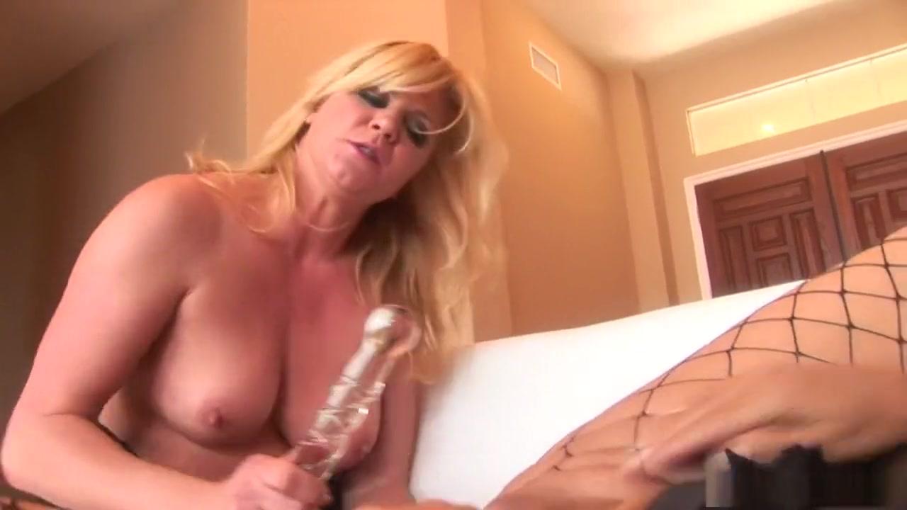 Sexes move Lesbos orgasm