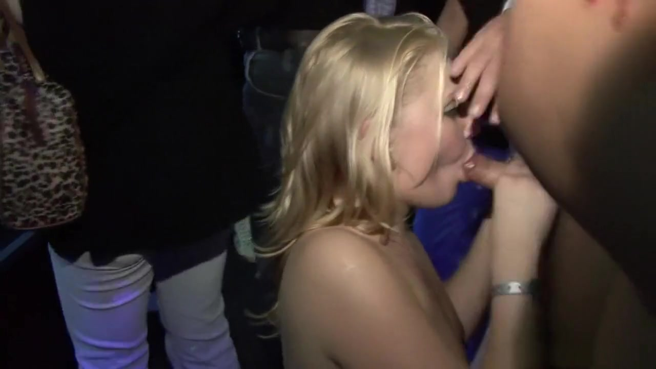 Aryana adin masturbates to butthole scent Pics Gallery