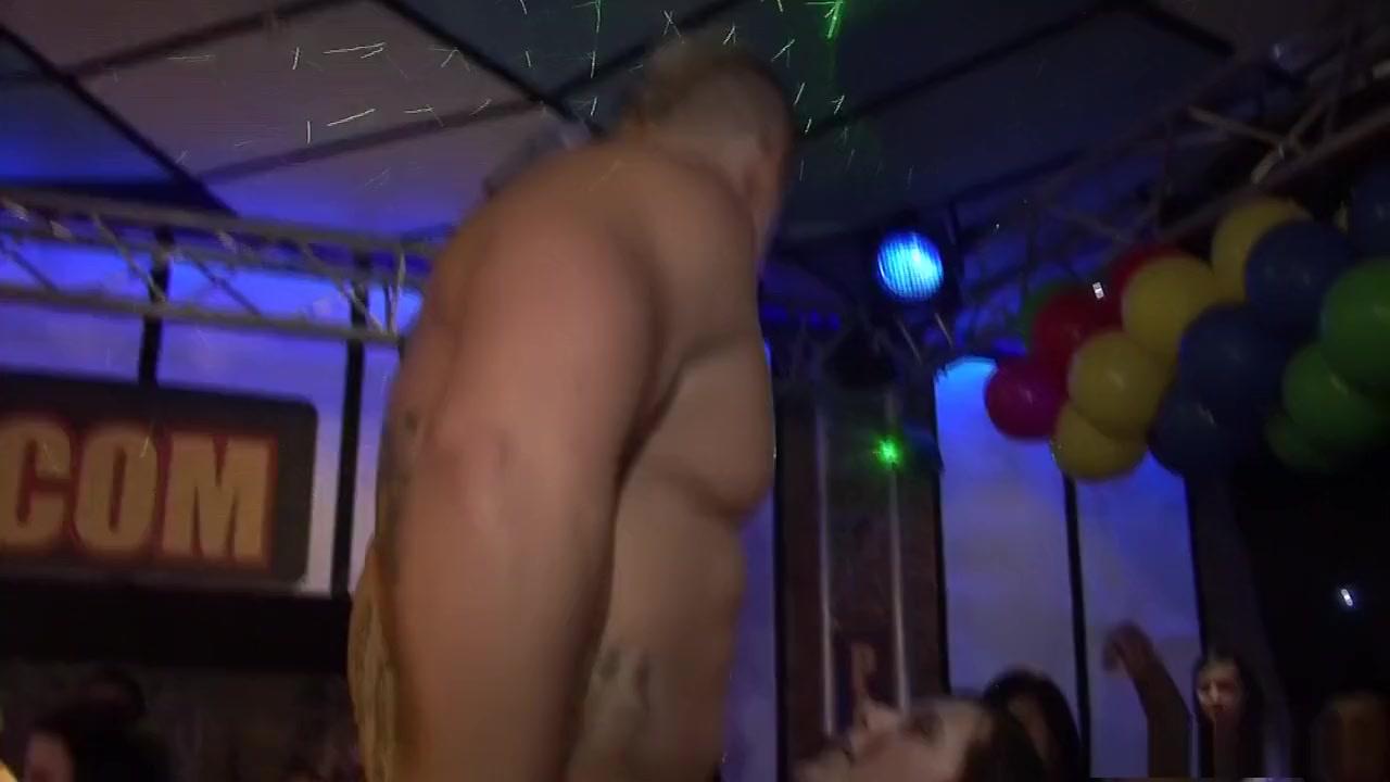 Adult videos Sexy girls drunk nude