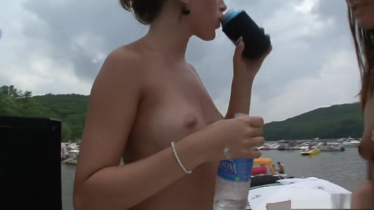 Sexc masturbate lesbias Girlfriend