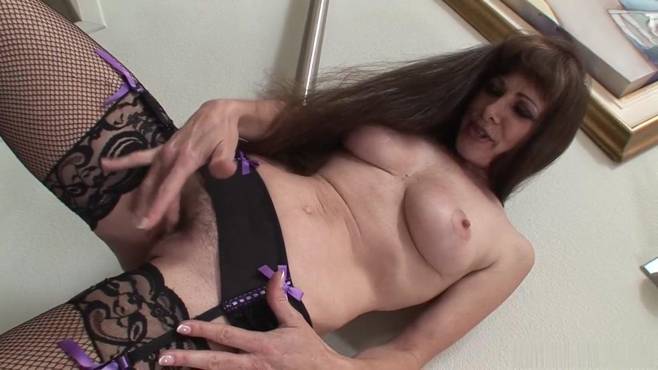 Porn clips Free nice round titties