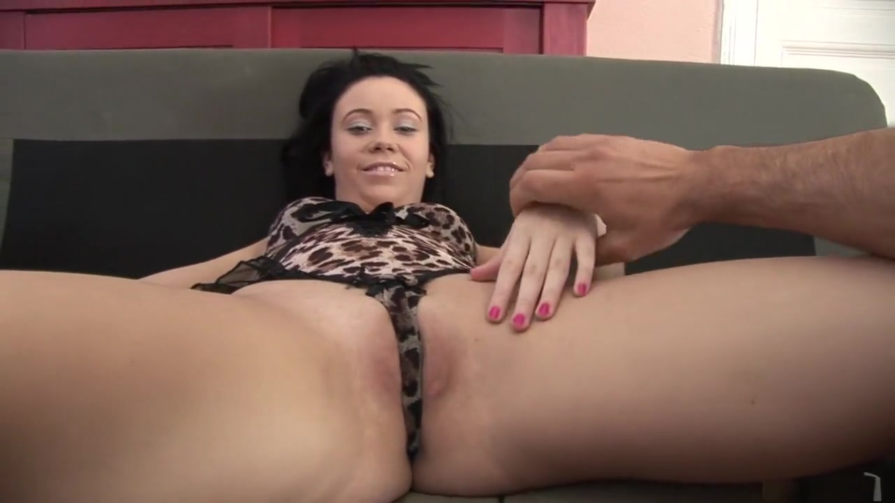 Nude gallery Glam lesbo toys snatch