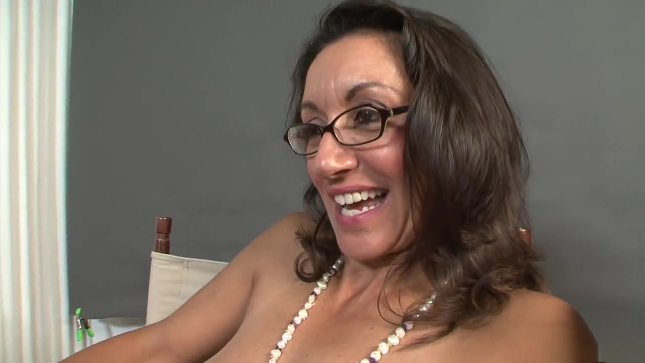 Naked vides sexual Lesbiian