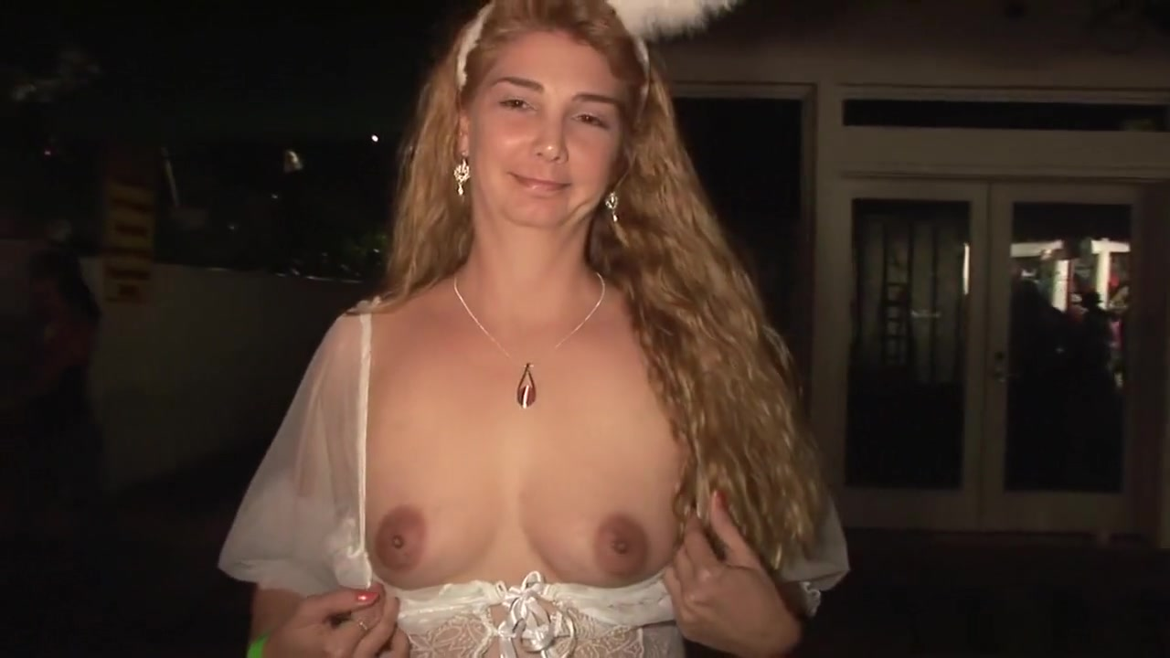 Excellent porn Young wife pussy thumbs