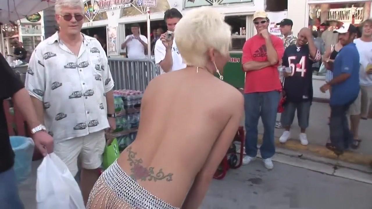 Porn clips 2 grannies bbw + 1 man