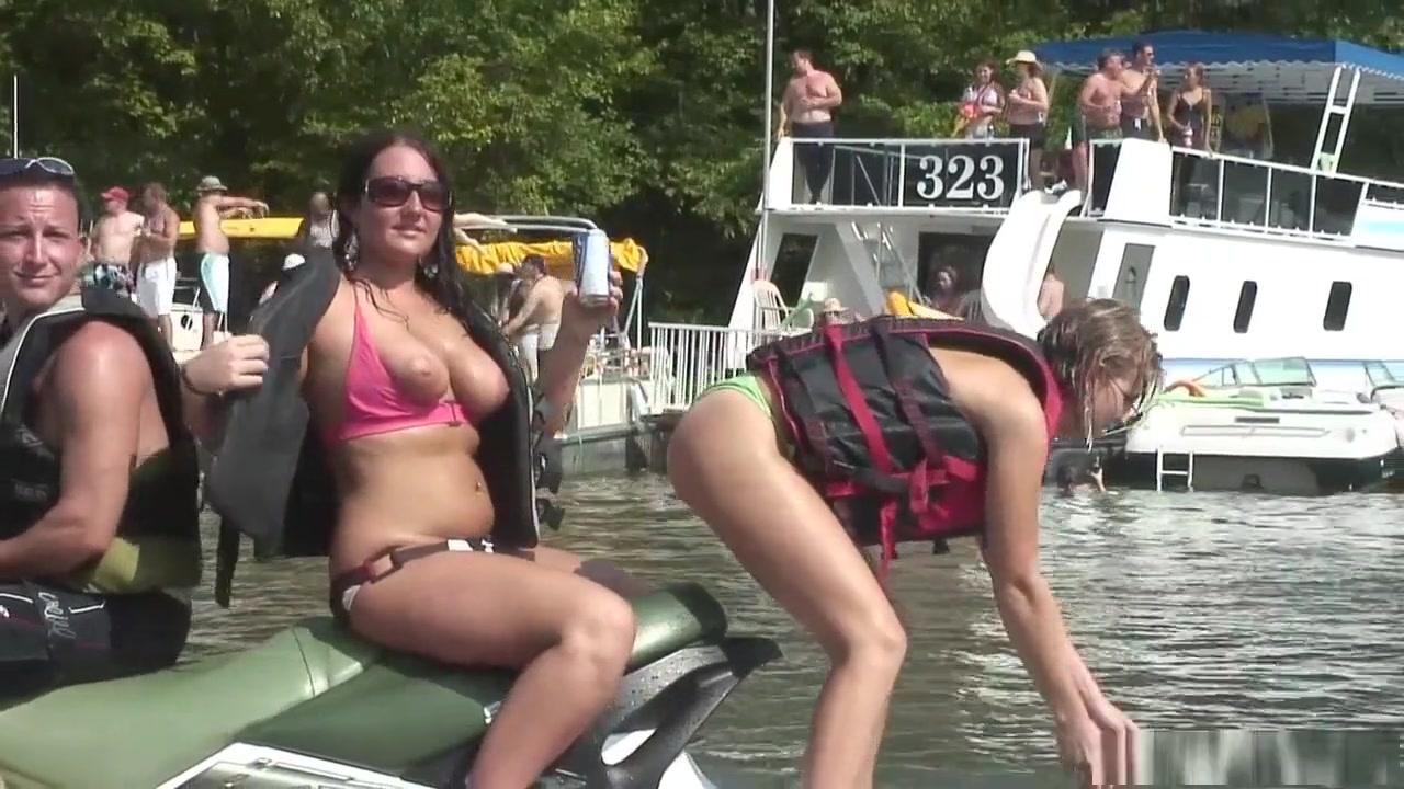 Adult videos Nude ebony pix
