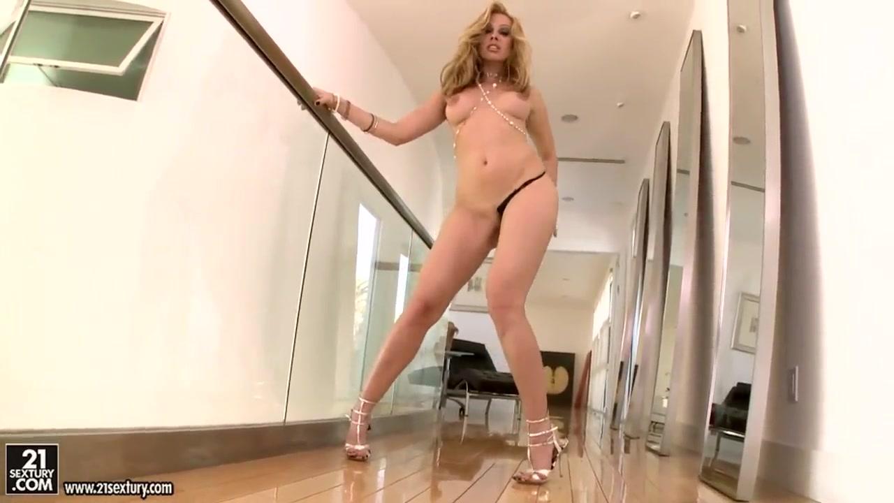 Brunette lesbian lovers having sex Nude gallery