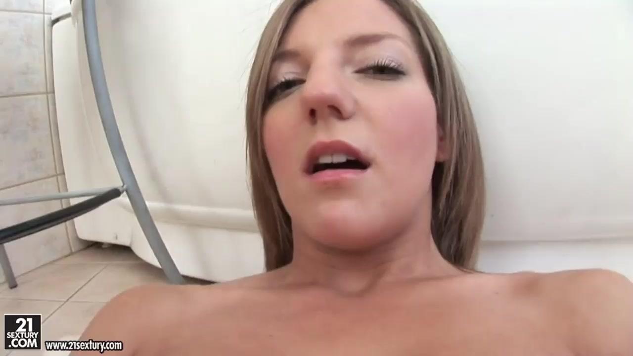 Nude pics Hot wet black chubby pussy pics