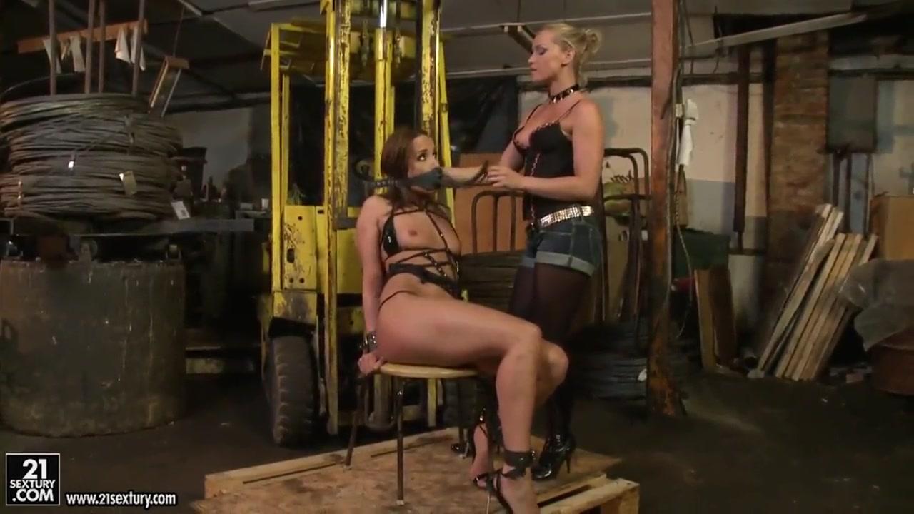 Fetish lesbia homemade masturbatian