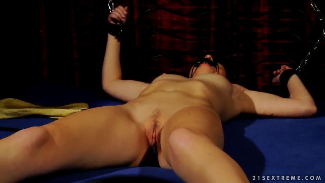 Outdoors girl dating Porn Pics & Movies