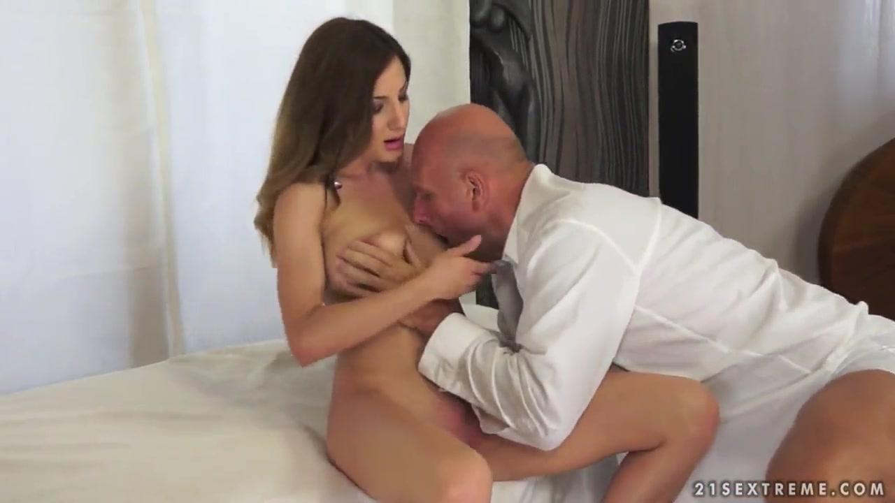 Girls have sex together Naked Gallery