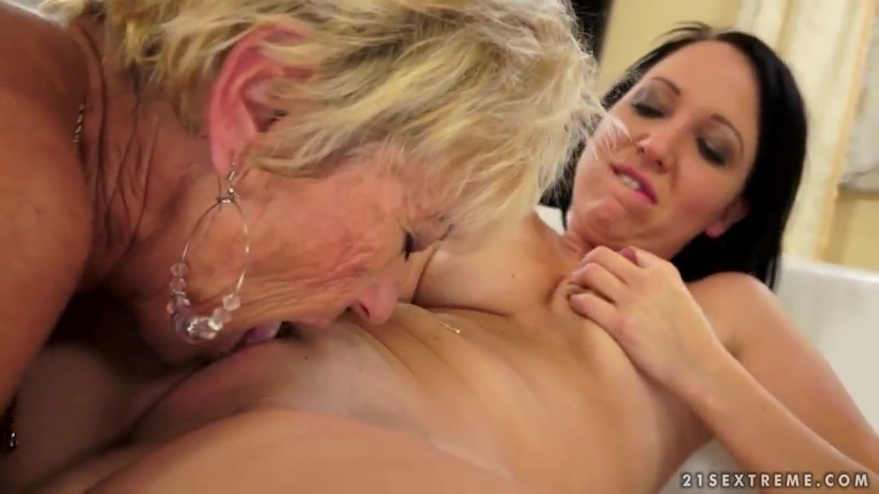 Pounded gets pussy Sexy girl