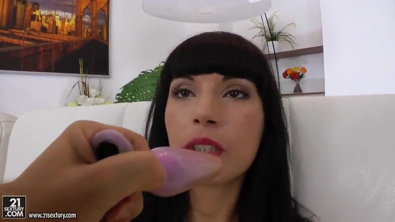Adult videos Helen flanagan toppless