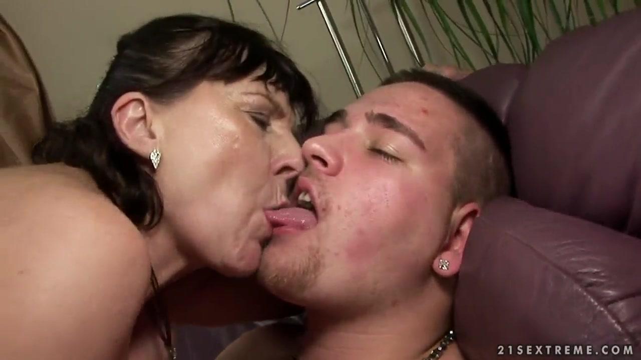 Porn archive Milfsitter masturbation lesson - joi