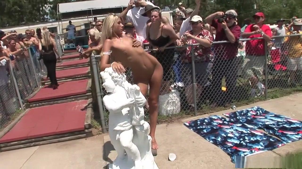 Hot Nude Lesbian lovers spank