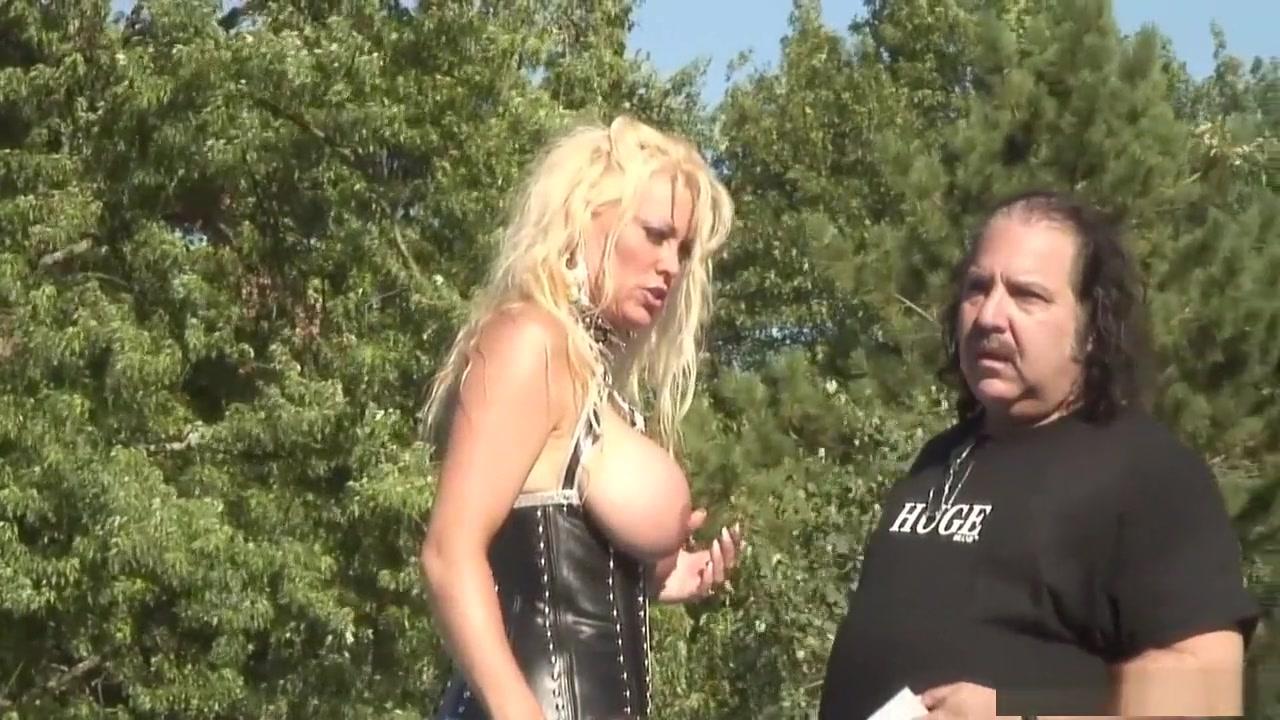 Nude pics Rock strata dating