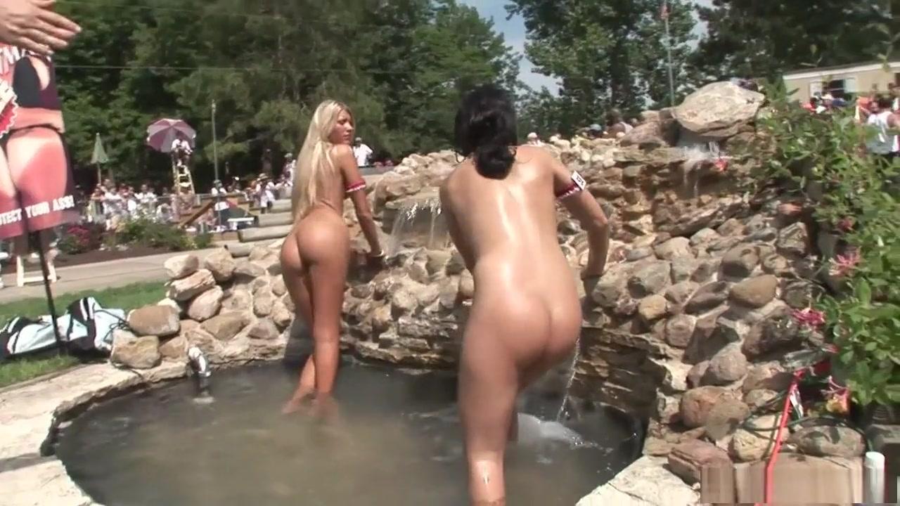 Mature penetration pics Hot Nude