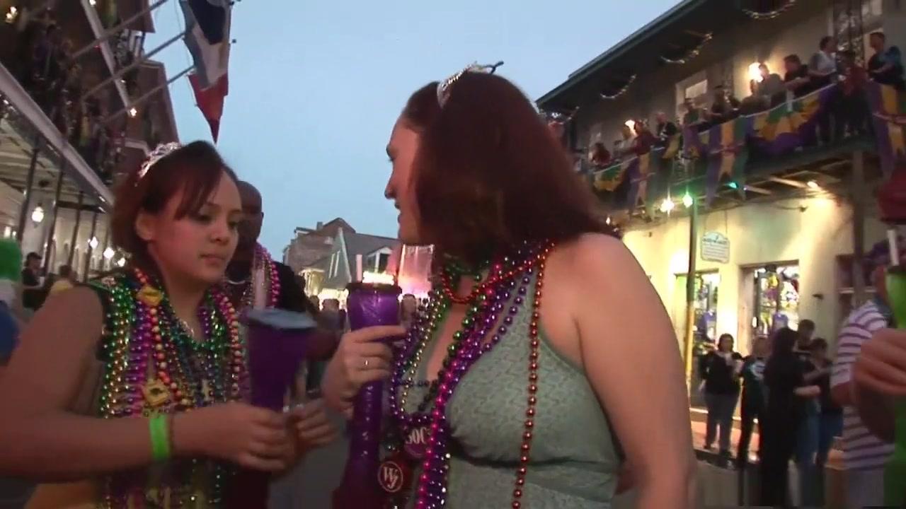Strapon lesbios sexi orgasim