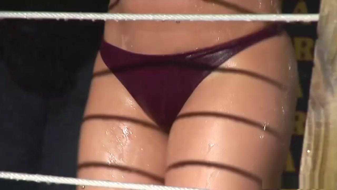 Sexy women fucking santa