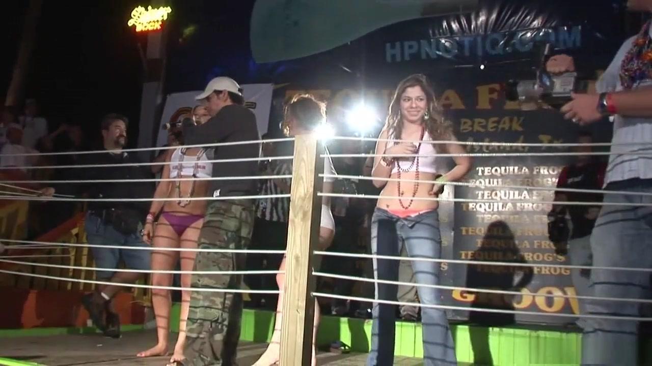 Nude photos Monster high dating simulator ariane play High