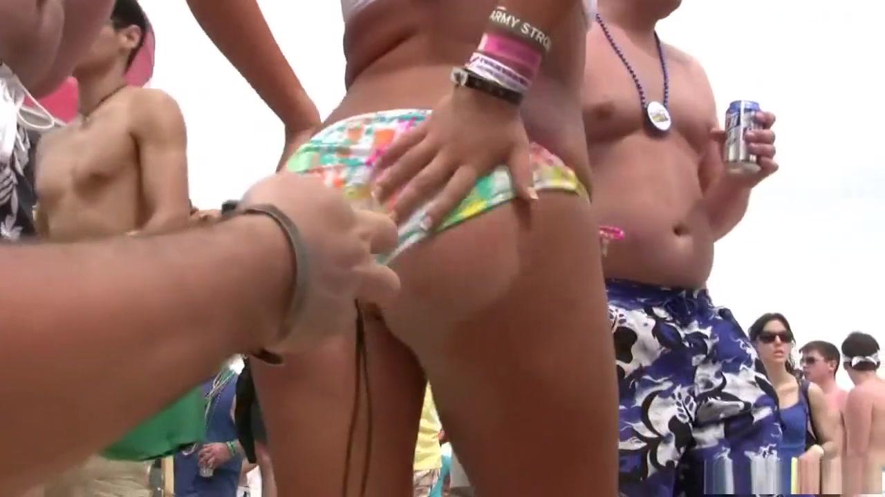 FuckBook Base Mistress In Latex Dominates Sweet Blonde Girl