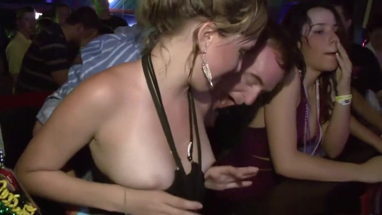 New xXx Video Shanghai working girls