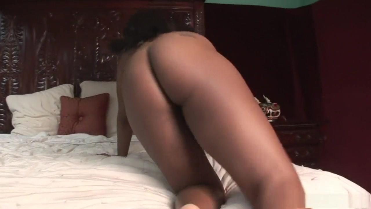Porn Pics & Movies Workout blowjob