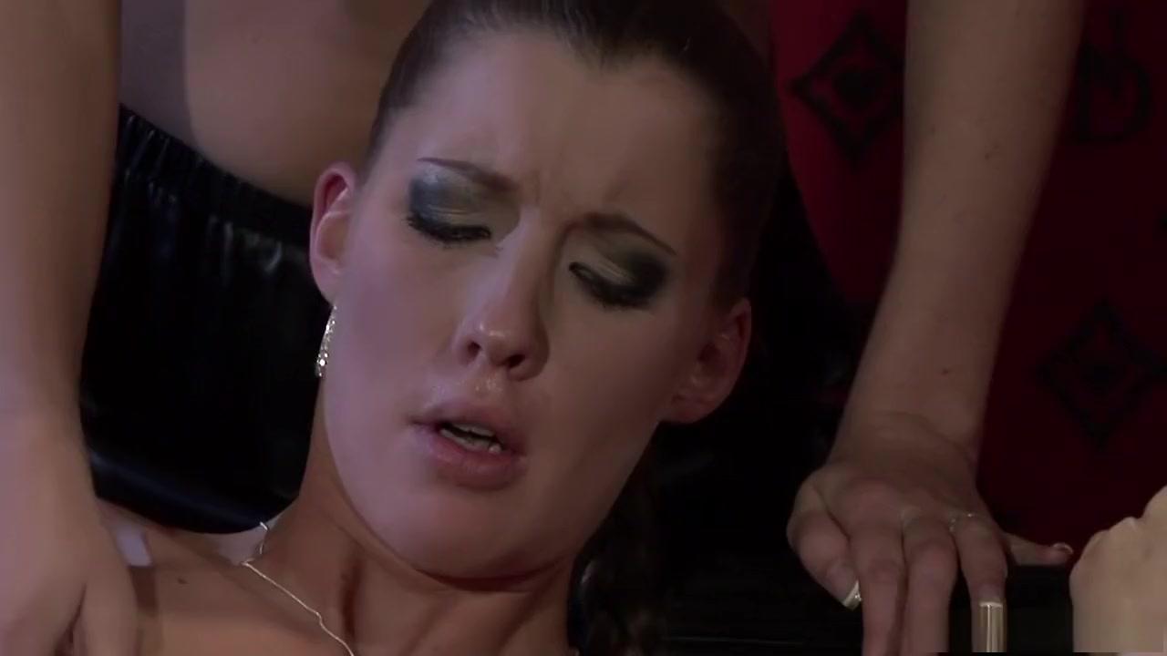 Porno masturbatian lesbiab Pussey