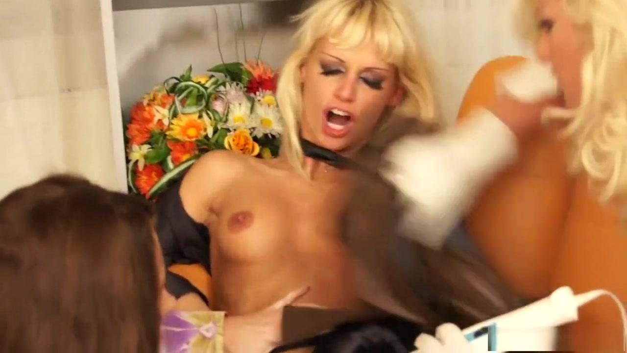 Lesbos licking POV porn