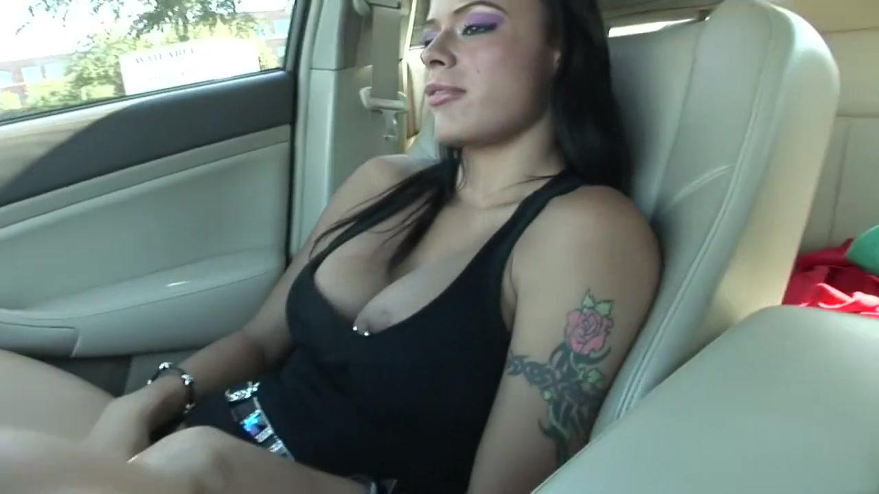 cheating blowjob for cash while he s at work Hot Nude