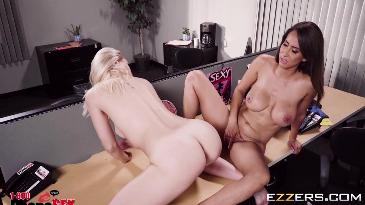 Lesbion horny masturbatian Maid