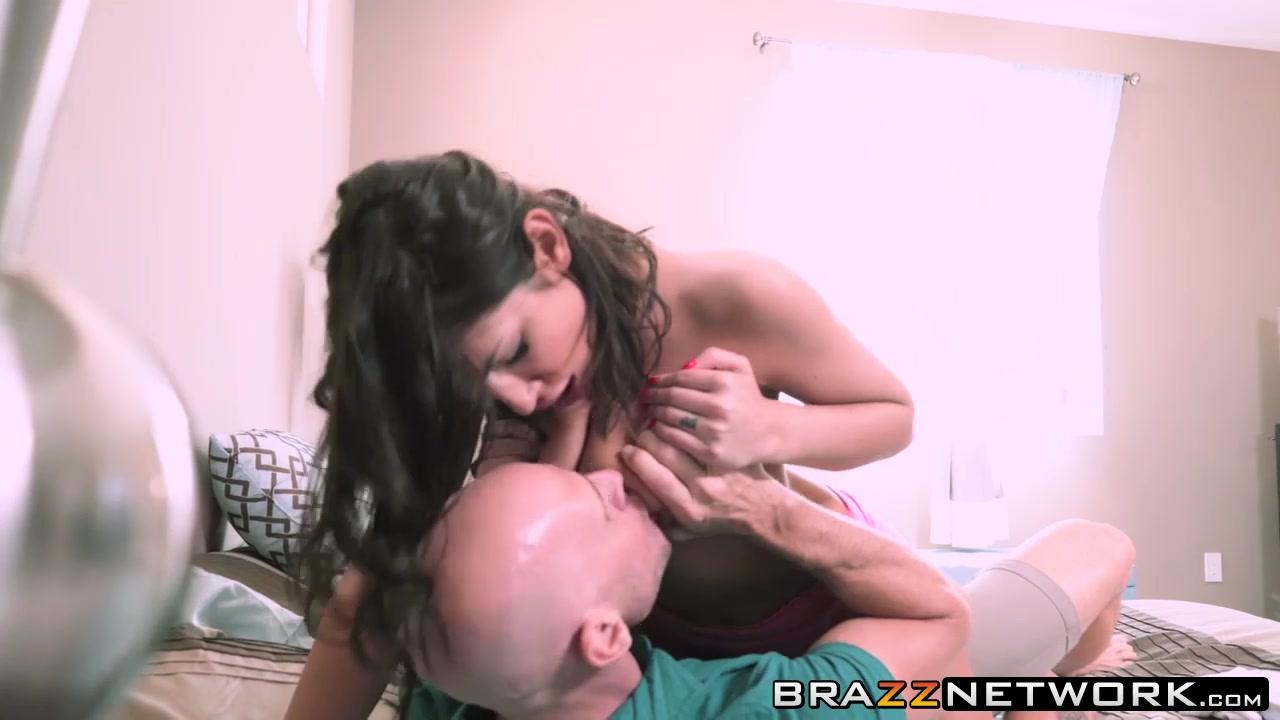 Ally And Eniko Naked xXx Base pics