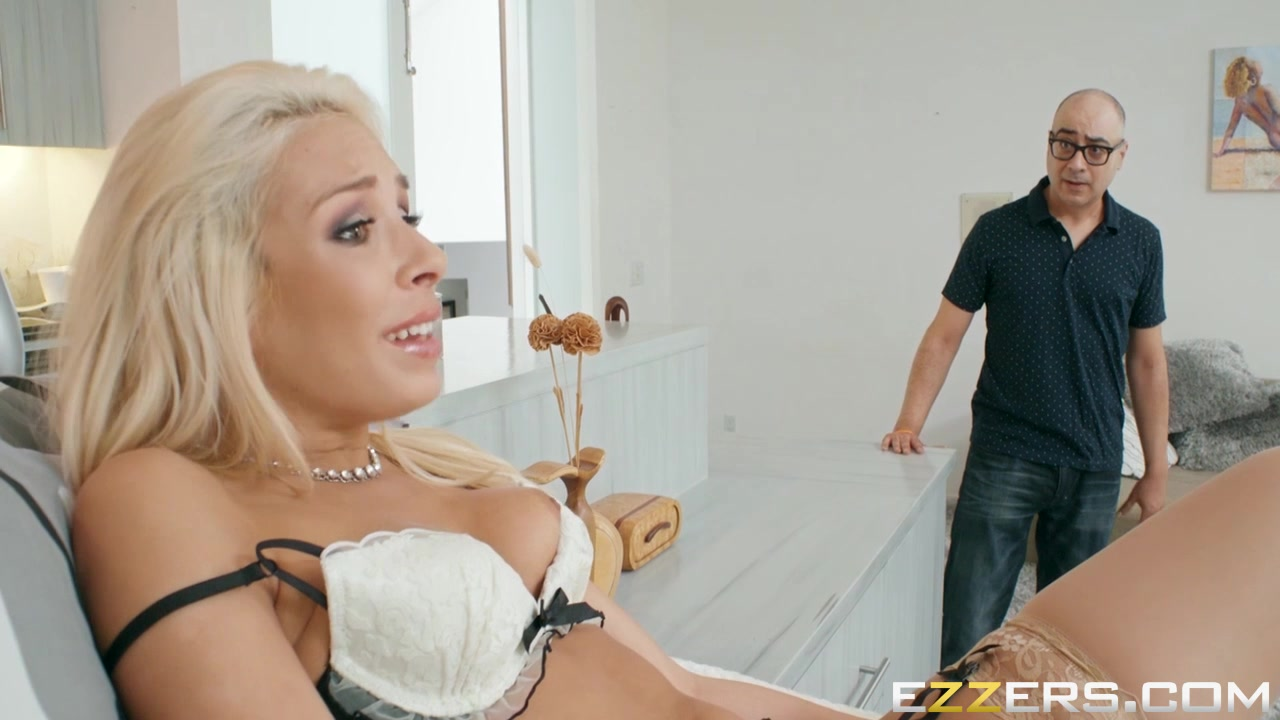 xXx Videos Dede in red fucked