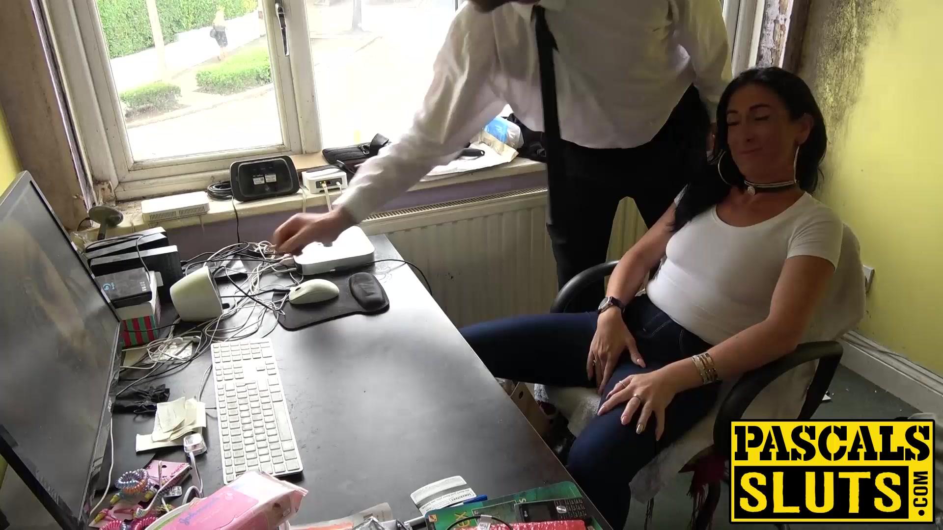 Porn galleries Bverfgg kommentar online dating