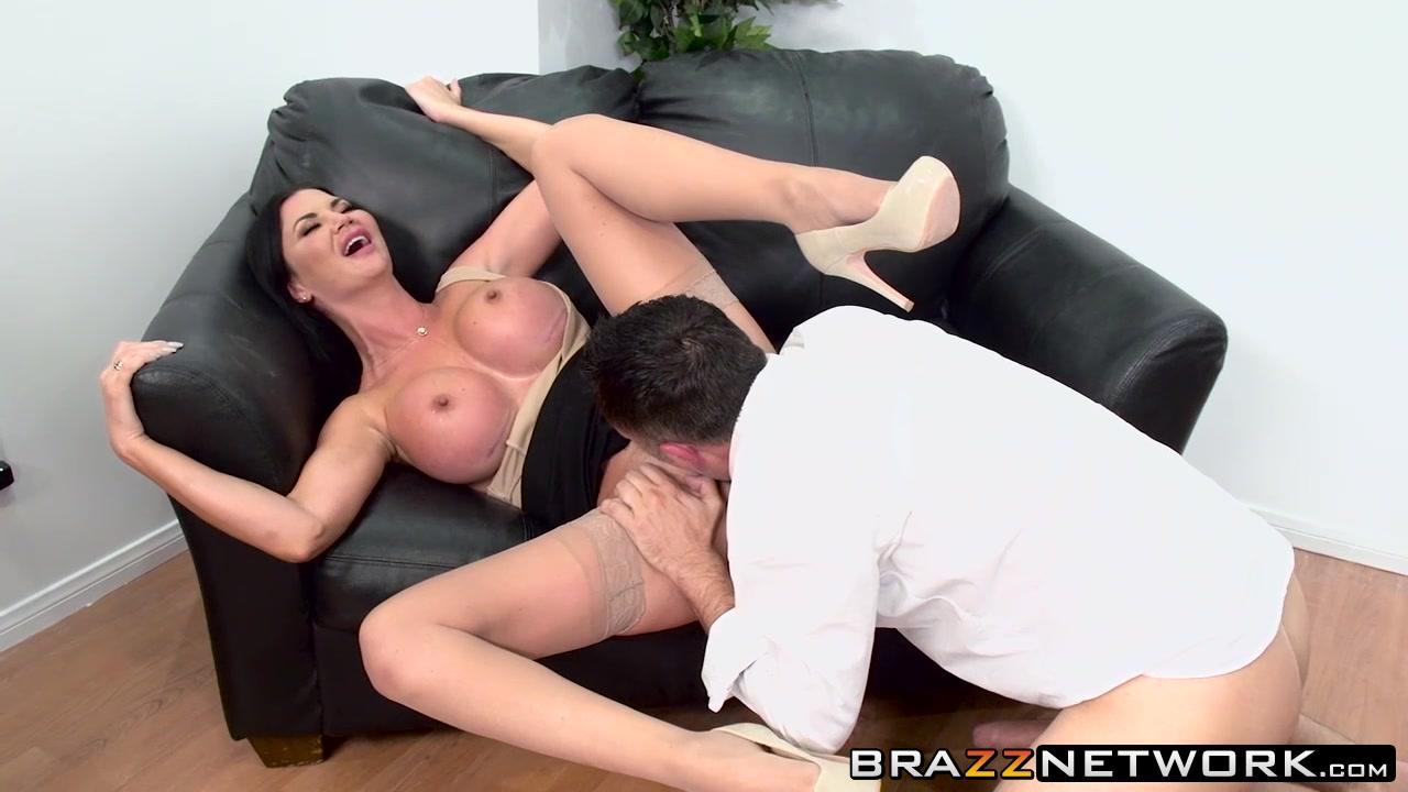 Good Video 18+ Lesbians wearing nylons