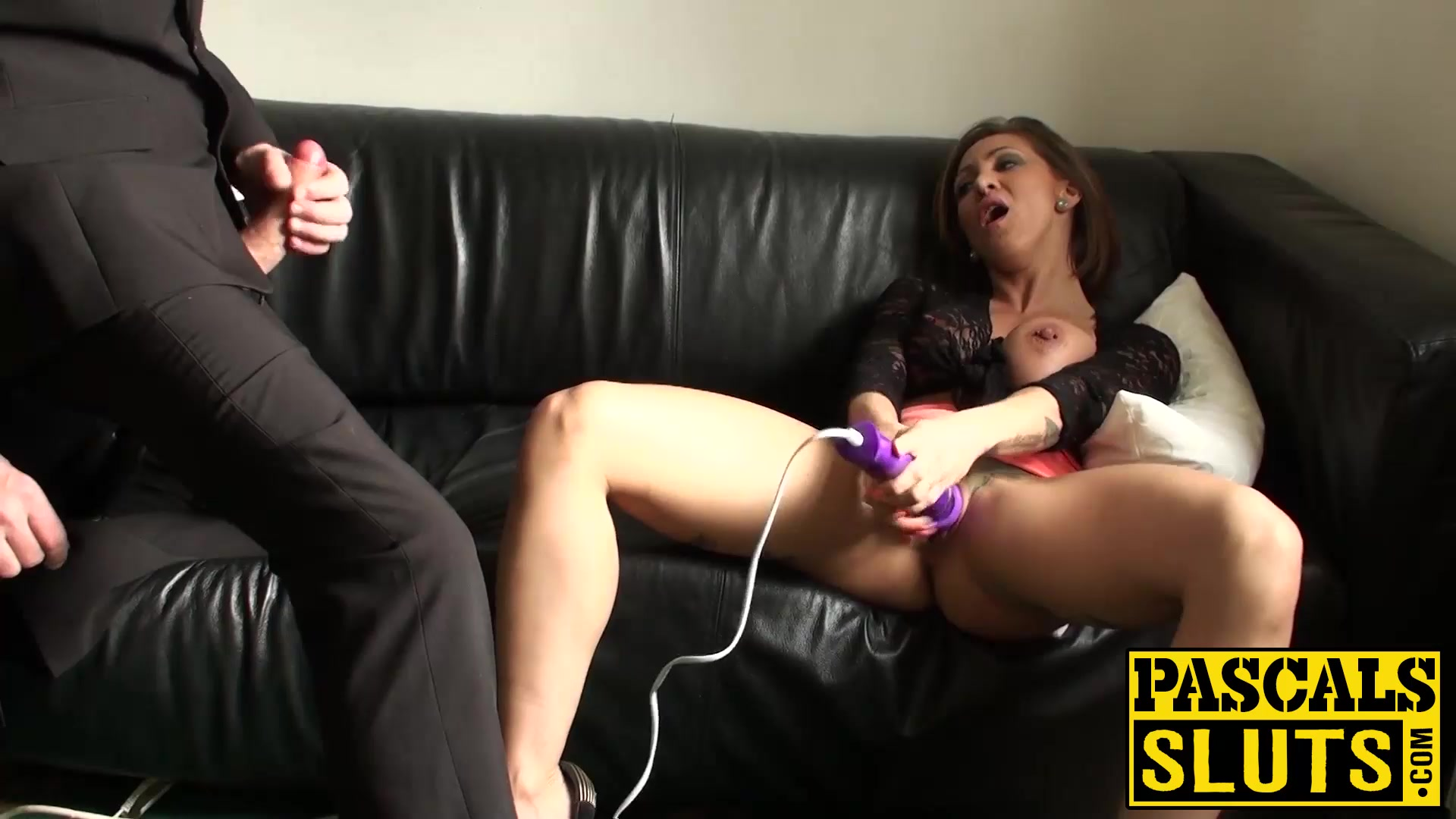 xxx pics Cum on open mature pussy scary wet