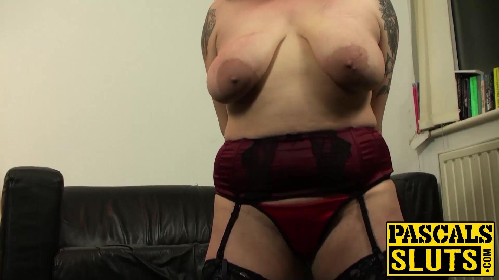 Porn clips Benefits of hookup a short man