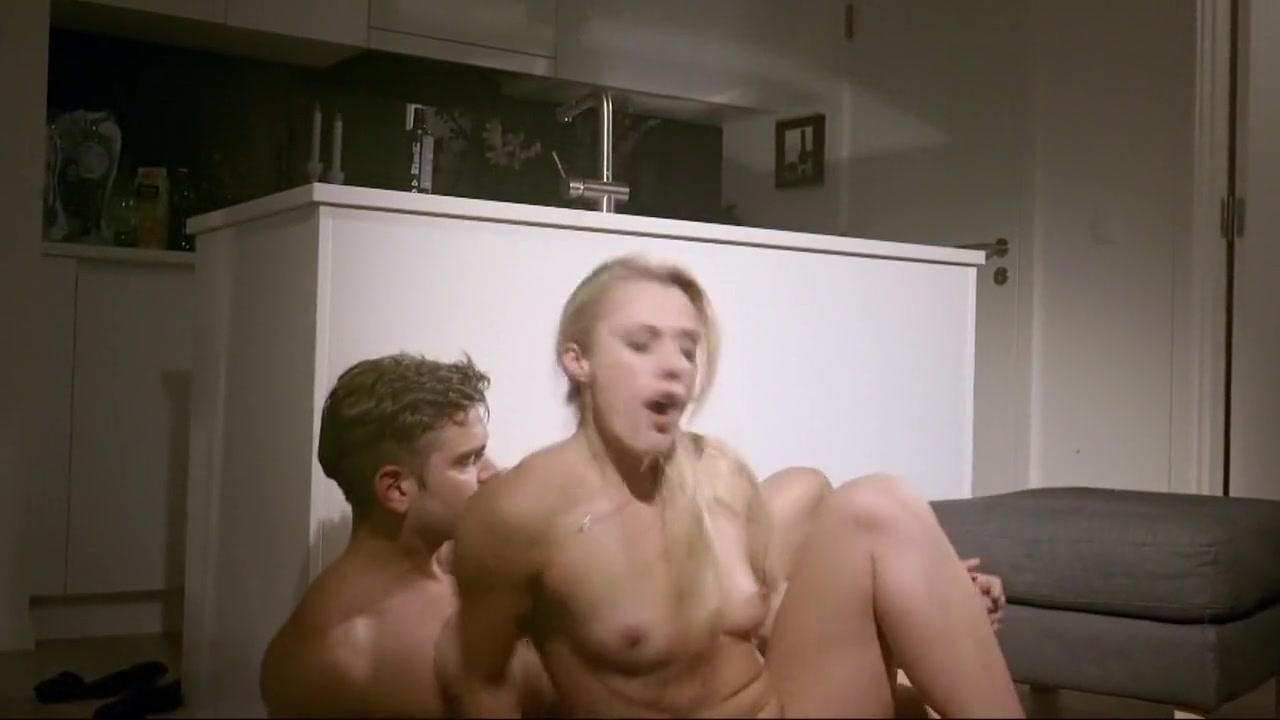 FuckBook Base Hot bathroom sex videos