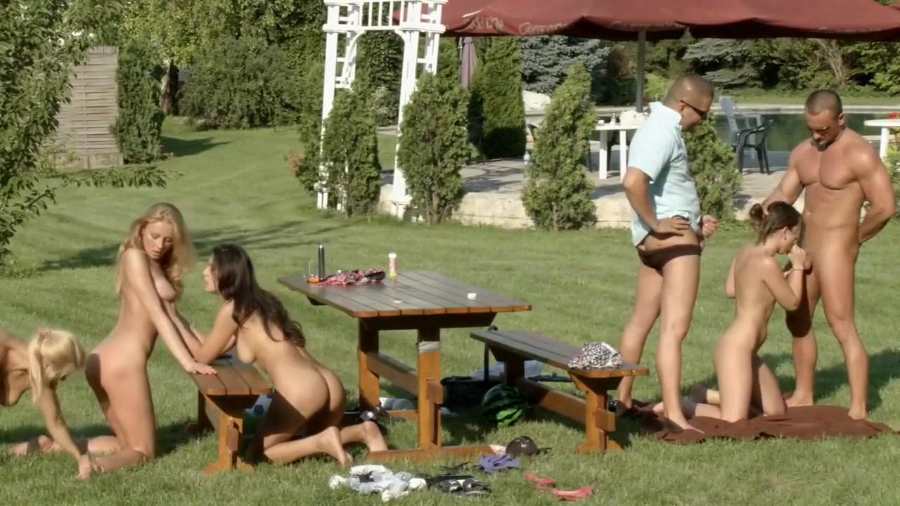 Nude photos In ihren augen online dating